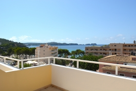 Reserved! Very central apartment with sea views in Peguera