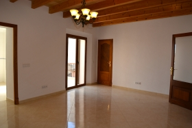 Recently renovated apartment near the center of Porreres