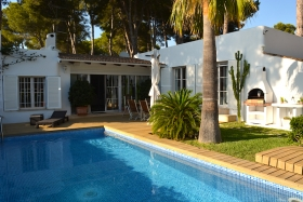 Rented! Nice Ibizan style villa with pool
